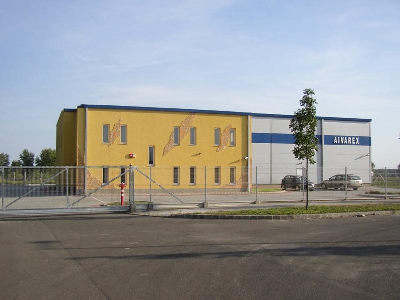 Aivarex csarnok és iroda 700 m2 csarnok, 320 m2 iroda